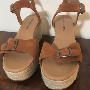 EUC Lucky Brand 8.5 Women's Sandals Wedges shoes